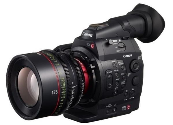 La C500 de chez Canon.