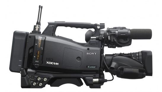 Le nouveau camescope Sony PMW-400 au format XDCAM HD.