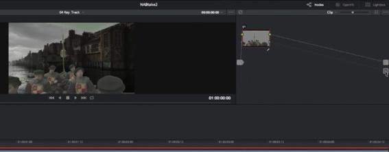 Reliez la sortie Alpha du node  Chroma Key sur la sortie Background du Resolve.